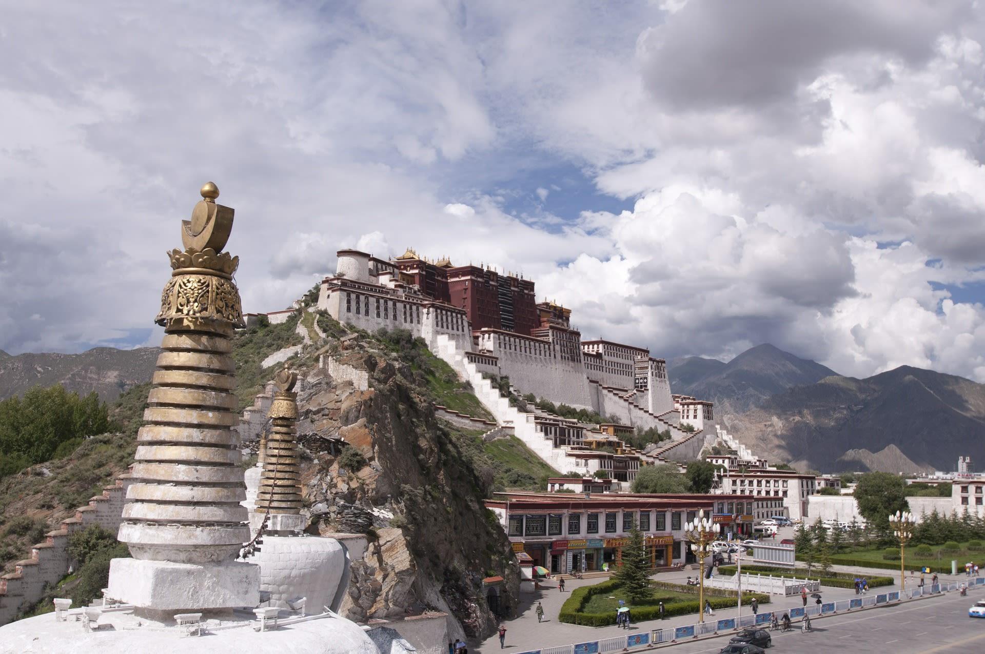 Kingdoms of the Clouds Tours 2019 - 2020 -  Potala Palace