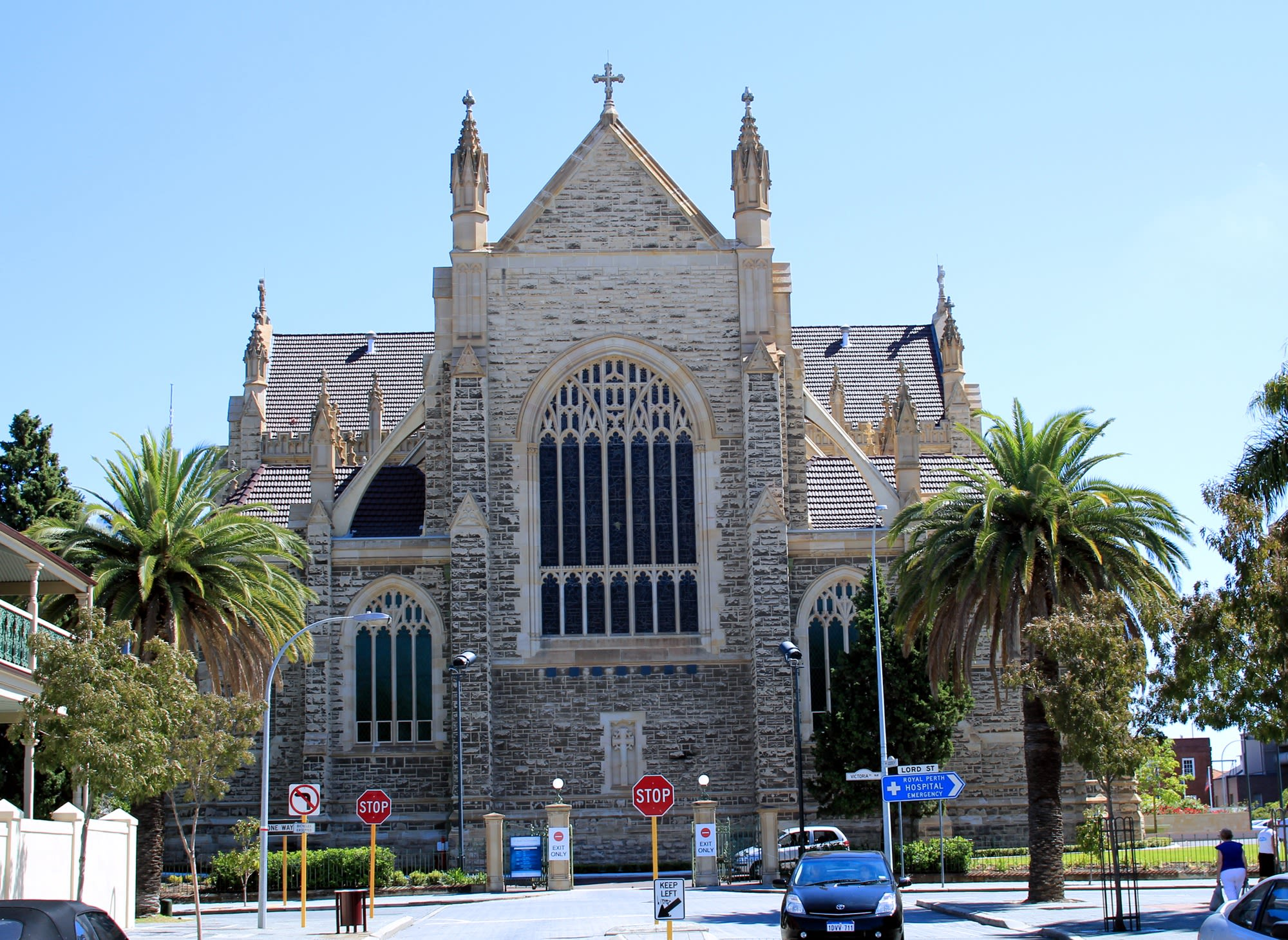 Western Australia In-Depth Tours 2019 - 2020 -  cathedral church