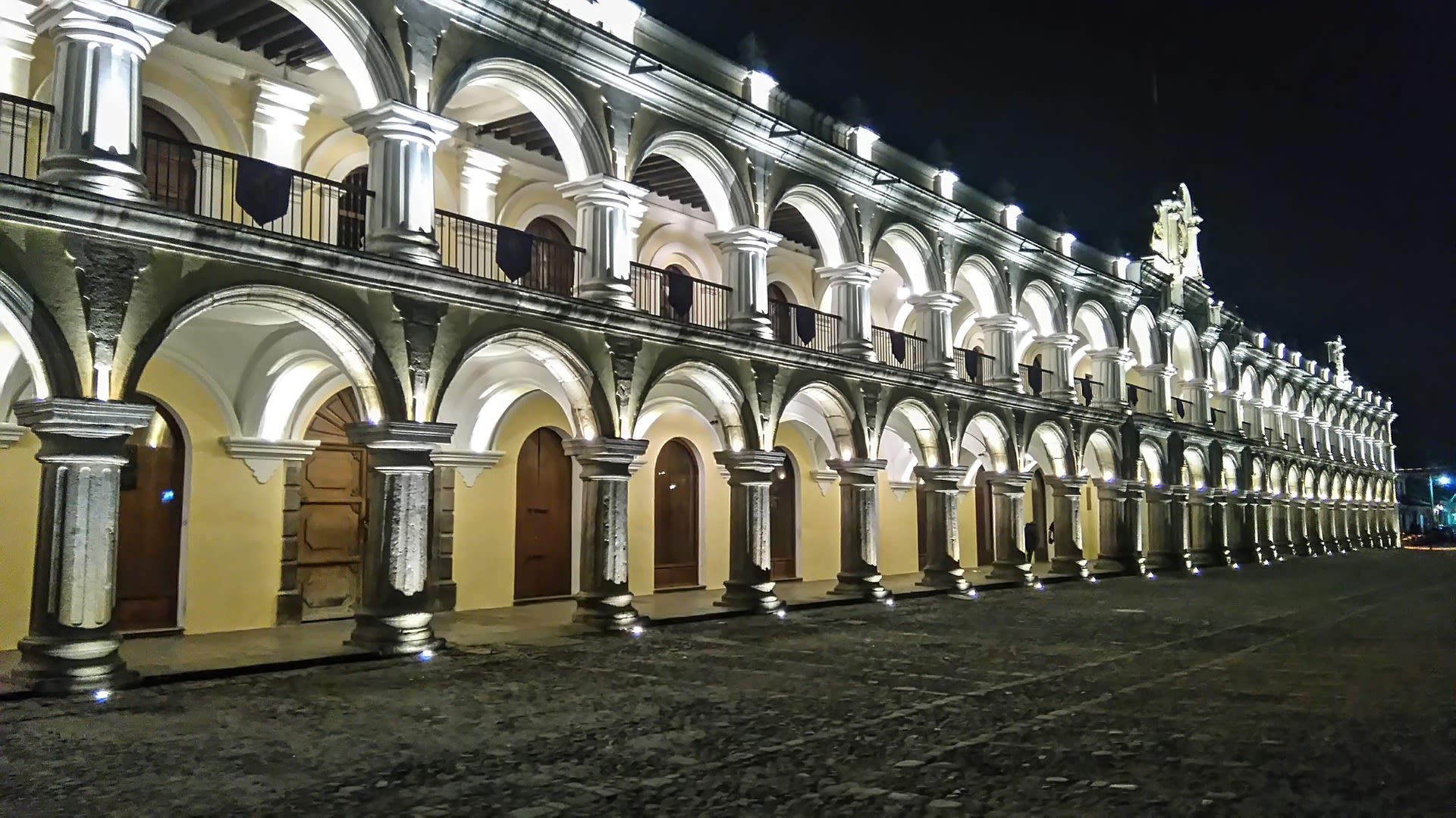 Guatemala Family Getaway Tours 2019 - 2020 -  Antigua Guatemala Travel