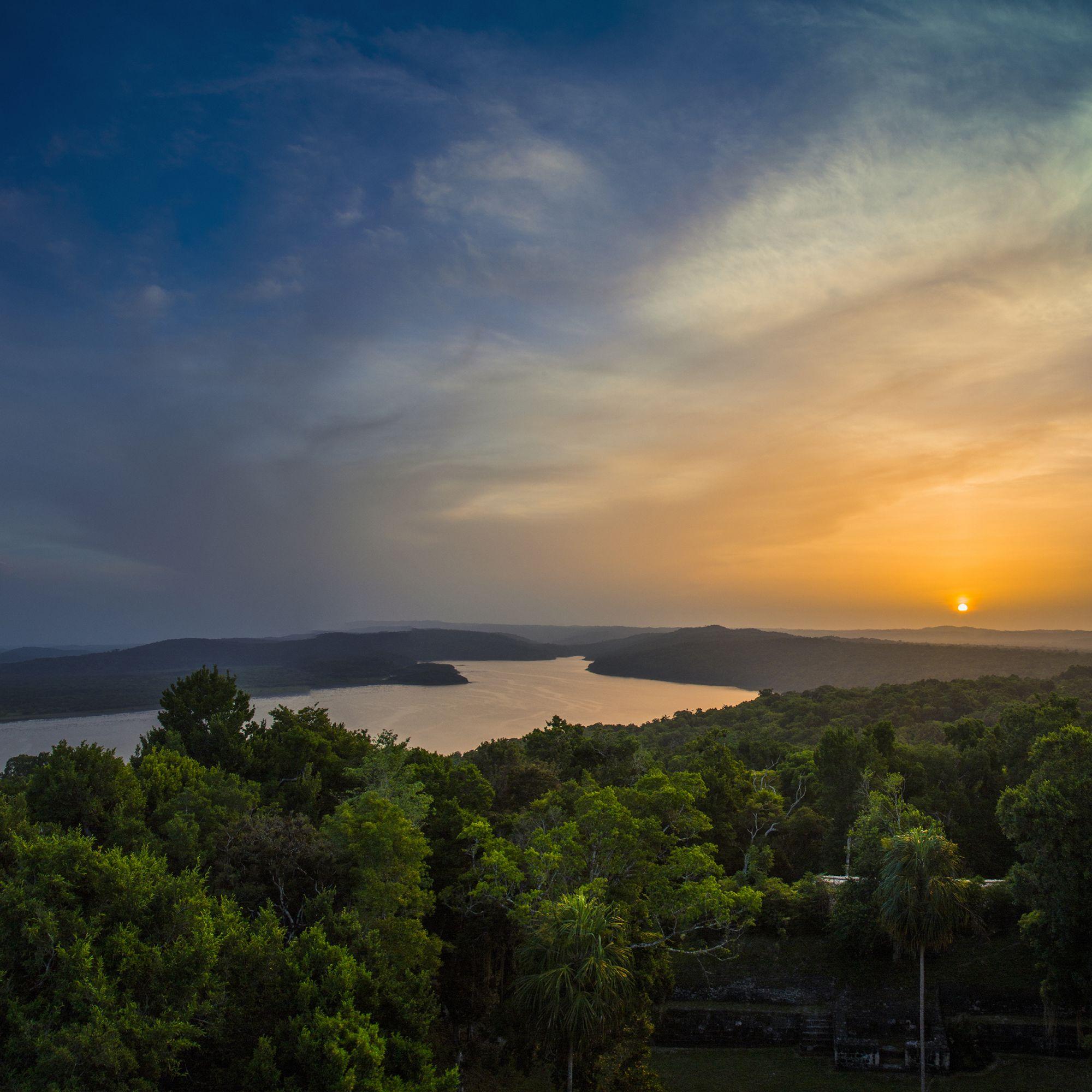 Russia & Baltics Signature Tours 2019 - 2020 -  Yaxha Sunset