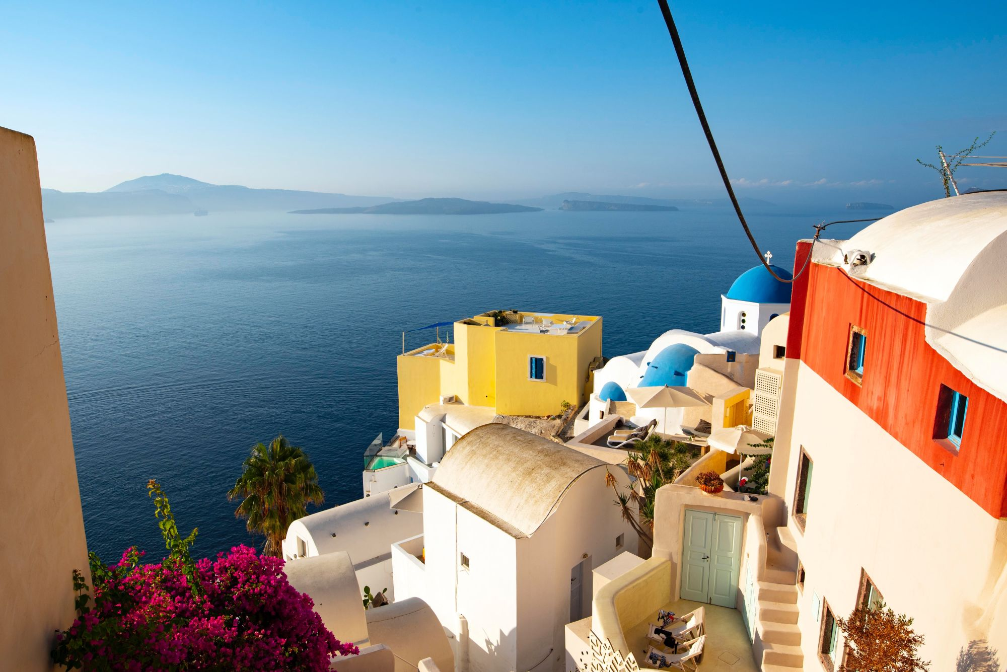 Greece Island Hopping Signature  Tours 2019 - 2020 -  Beautiful houses by the water