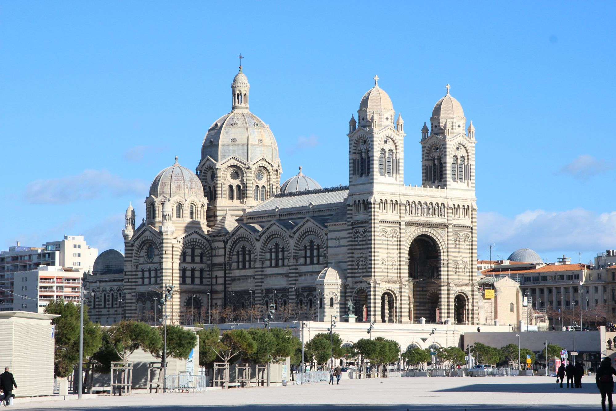 Castles and Canals by Barge  Tours 2019 - 2020 -  architecture